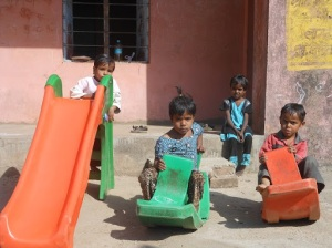 जरूरी मुद्दाः स्कूल में ठहराव सुनिश्चित करना , बच्चों का खेल नहीं है